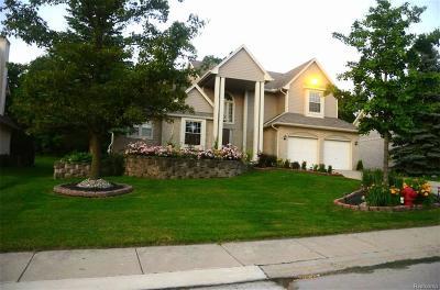 Farmington Single Family Home For Sale: 28240 Golf Pointe Boulevard