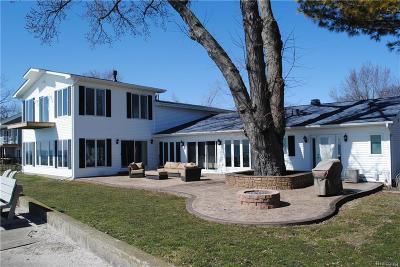 Monroe County Single Family Home For Sale: 13542 Venetian Drive