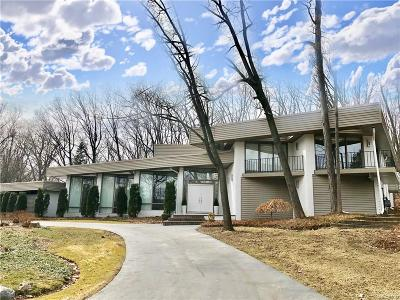 Bloomfield Twp Single Family Home For Sale: 1753 Long Lake Shore Drive