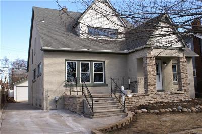 Ferndale Single Family Home For Sale: 224 W Maplehurst Street