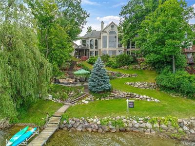 Orchard Lake Single Family Home For Sale: 5780 Lakeview Avenue