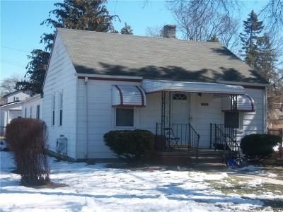 Livonia Single Family Home For Sale: 19020 Floral