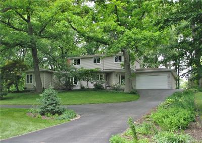 Bloomfield Twp Single Family Home For Sale: 410 Kendry