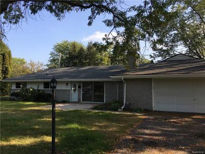 West Bloomfield Twp Single Family Home For Sale: 7011 Willow Road