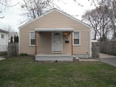 Dearborn Heights Single Family Home For Sale: 4937 Kingston Street