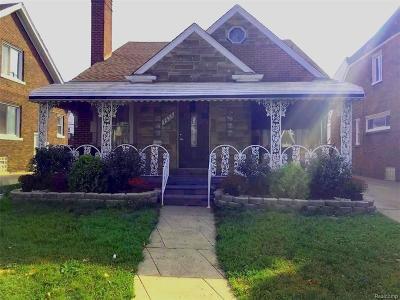 Dearborn Single Family Home For Sale: 7636 E Morrow Circle