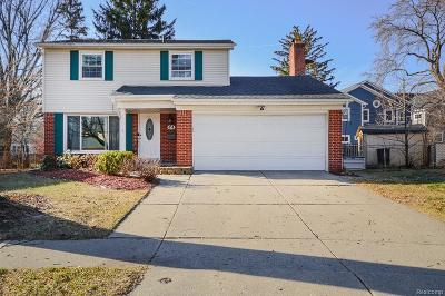 Royal Oak Single Family Home For Sale: 434 Melody Court