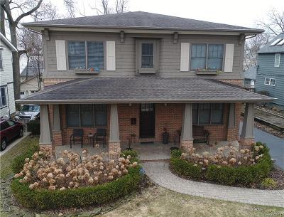 Birmingham Single Family Home For Sale: 900 Ridgedale