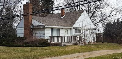 Clarkston, Independence Twp, Springfield Twp Commercial For Sale: 5905 Waldon Road