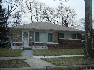 Oak Park Single Family Home For Sale: 23150 Kenosha Street