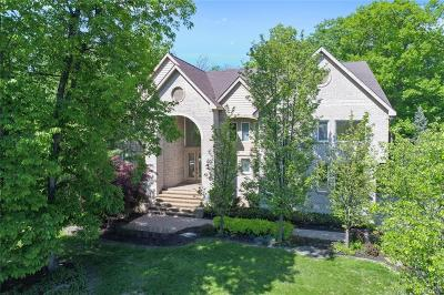 West Bloomfield Twp MI Single Family Home For Sale: $1,050,000