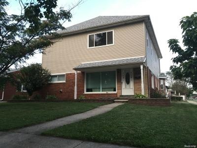Dearborn Heights Single Family Home For Sale: 8414 Lochdale St Street N