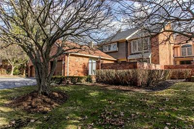 Bloomfield Twp Condo/Townhouse For Sale: 4006 Hidden Woods Drive