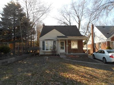Dearborn Single Family Home For Sale: 2230 Syracuse Court