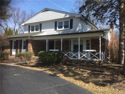 Farmington Single Family Home For Sale: 28746 Ramblewood Drive