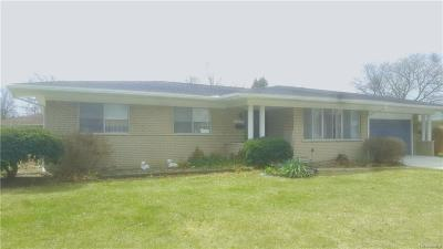 Warren Single Family Home For Sale: 11030 Olive Street