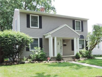 Berkley Single Family Home For Sale: 2260 Cummings Avenue