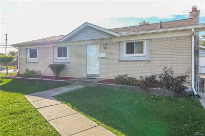 Shelby Twp, Utica, Sterling Heights, Clinton Twp Single Family Home For Sale: 37115 Belcrest Drive