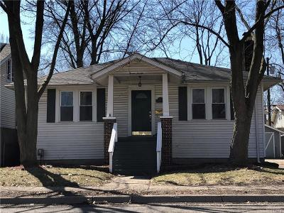 Royal Oak Single Family Home For Sale: 720 Gardenia Avenue