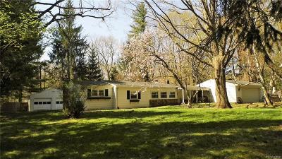Oakland County Single Family Home For Sale: 4870 Secord Lake Road