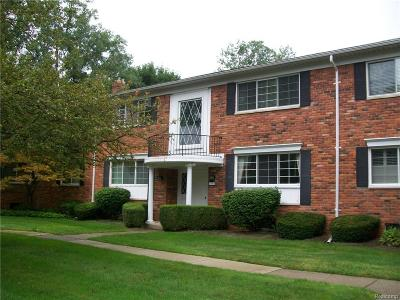 Bloomfield Hills Condo/Townhouse For Sale: 1783 Huntingwood Lane
