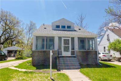 Ferndale Single Family Home For Sale: 1715 W Troy Street