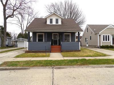 Berkley Single Family Home For Sale: 1465 West Boulevard