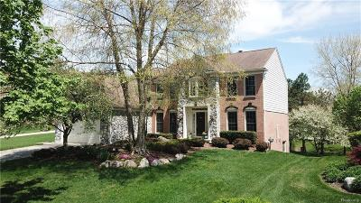 Lake Orion, Orion Twp, Clarkston, Independence Twp, Oxford Single Family Home For Sale: 337 Torrey Pine Court