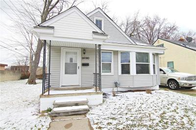 Southfield Single Family Home For Sale: 28780 Fairfax Street