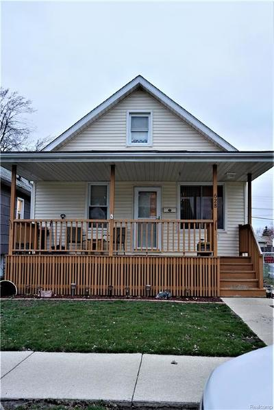 Wyandotte Single Family Home For Sale: 628 Hudson Street