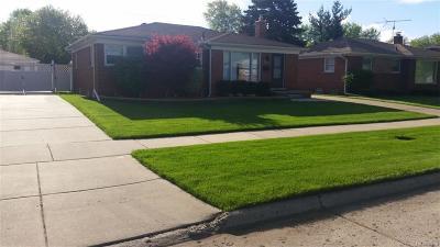 Oakland County, Macomb County, Wayne County Single Family Home For Sale: 8850 Farley