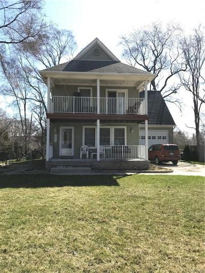 Livonia MI Single Family Home For Sale: $289,000