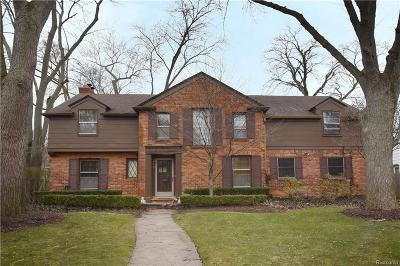 Birmingham MI Single Family Home For Sale: $820,000