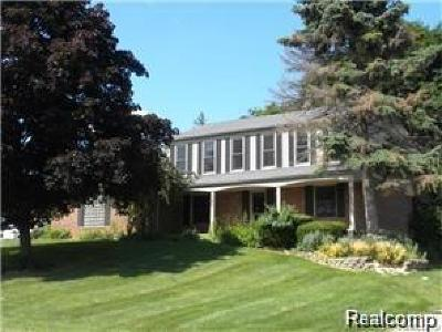 West Bloomfield Twp Single Family Home For Sale: 5226 Green Road