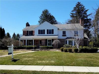 Bloomfield Twp Single Family Home For Sale: 759 Half Moon Road