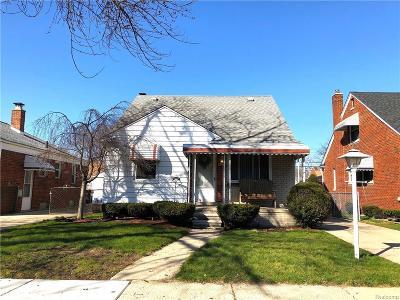 Wayne County Single Family Home For Sale: 15562 Warwick Avenue
