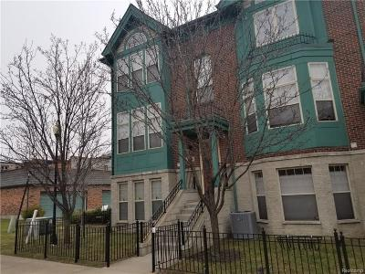 Detroit Condo/Townhouse For Sale: 43 Adelaide Street