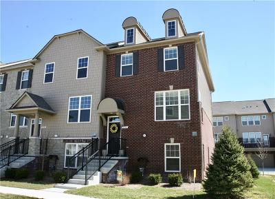 Rochester Condo/Townhouse For Sale: 2936 Glenbar Circle