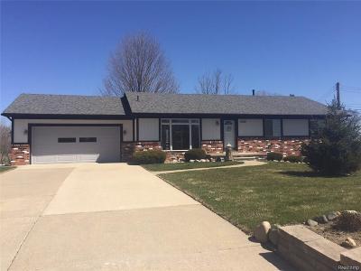 Auburn Hills Single Family Home For Sale: 2785 Churchill Road