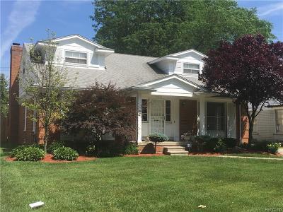 Detroit Single Family Home For Sale: 19666 Renfrew Road
