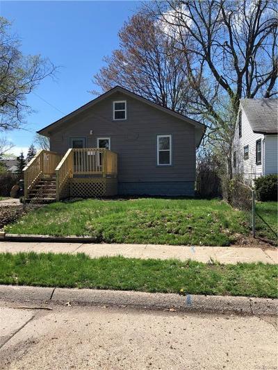 Hazel Park Single Family Home For Sale: 23821 Vance Avenue