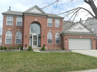 Shelby Twp MI Single Family Home For Sale: $364,500
