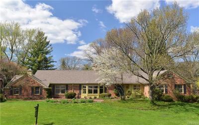 Bloomfield Twp Single Family Home For Sale: 4165 Nearbrook Road