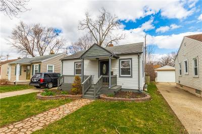 Berkley Single Family Home For Sale: 4190 Buckingham Avenue