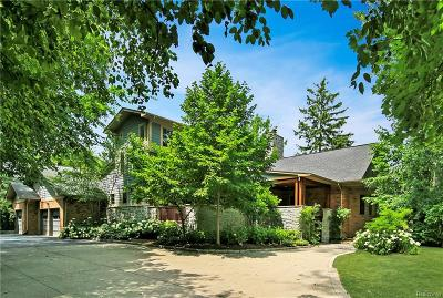 Bloomfield Twp Single Family Home For Sale: 5600 Brookdale Road