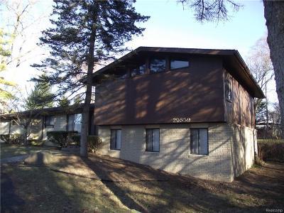 Farmington Hills Single Family Home For Sale: 29559 Pond Ridge Road