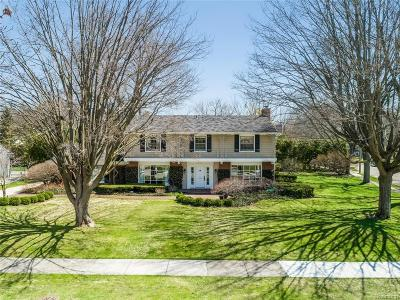Bloomfield Twp Single Family Home For Sale: 616 N Glengarry Road