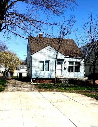 Berkley Single Family Home For Sale: 3048 E Greenfield Road E