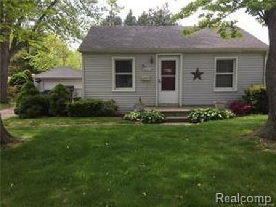 Dearborn Heights Single Family Home For Sale: 6441 N Silvery Lane