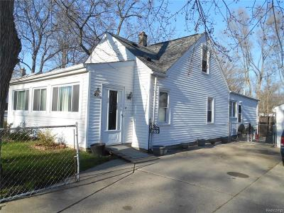 Southfield Single Family Home For Sale: 21160 Inkster Road